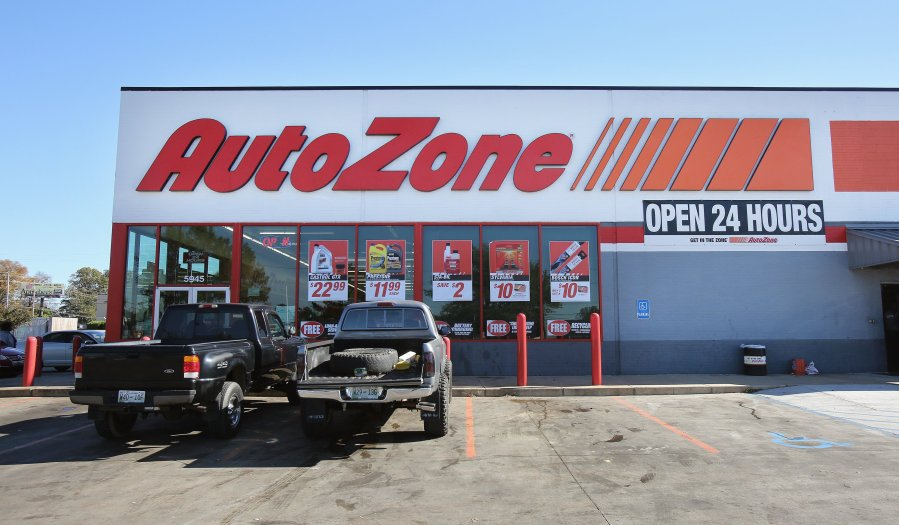 auto zone holiday hours